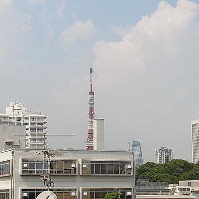 窓からは東京タワーが見えます!