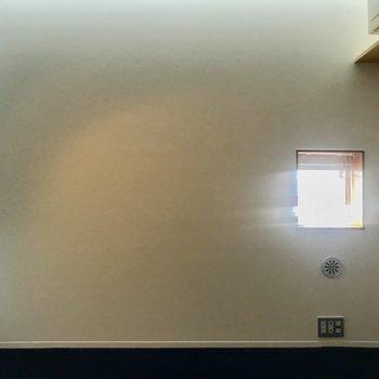 【下階】スポットライトですので気持ち暗めです。※写真は前回募集時のものです