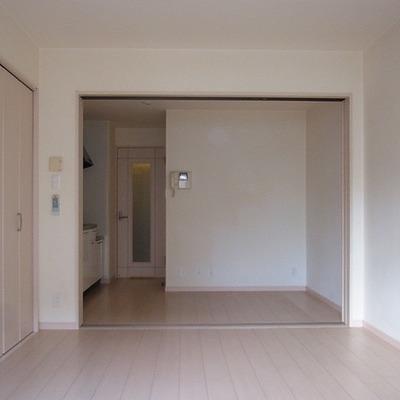 シンプルな内装※写真は別部屋