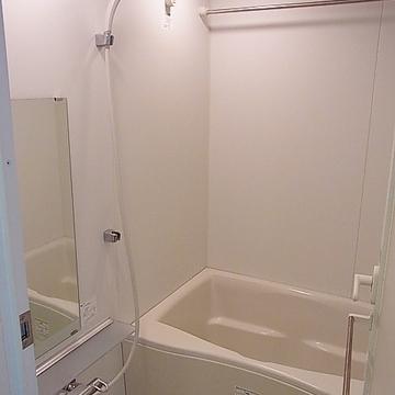 お風呂はこちらです ※写真は別部屋です