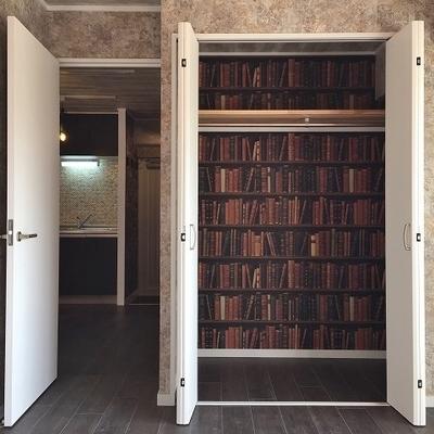 収納の中に本棚!?   の壁紙