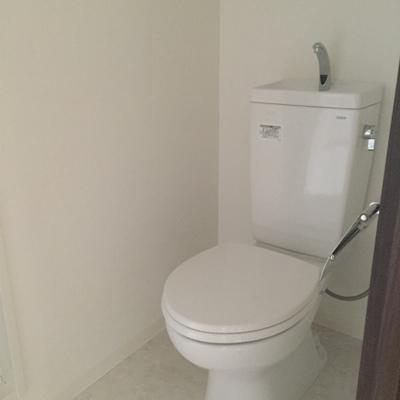 トイレ、ウォシュレットじゃないのかぁ〜