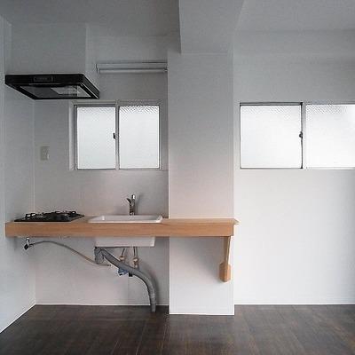 おしゃれキッチンと割安ハウス
