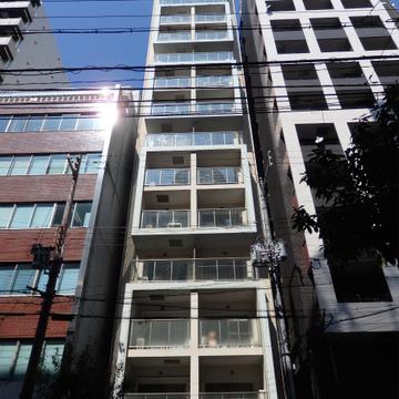 京町堀のデザイナーズマンションです。