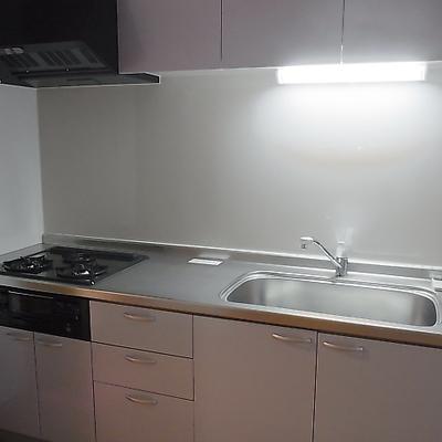 キッチンも使いやすいです ※写真は別部屋