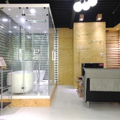 スケスケのお風呂とトイレ。※写真は前回掲載時のものです。