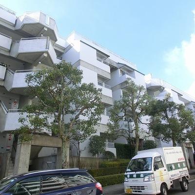 ダンダン坂の上のマンション