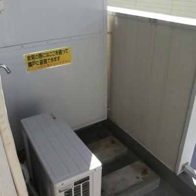 洗濯機のスペースは外になります!※前回募集時の写真