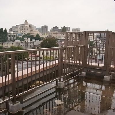 7階広々ルーフバルコニー
