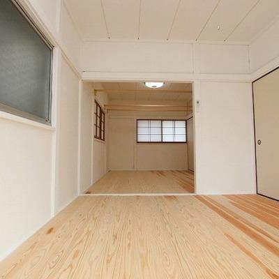 2階は6帖のお部屋が2部屋。