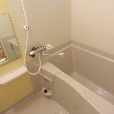1号室タイプは窓があります。※写真は同間取り別部屋のものです