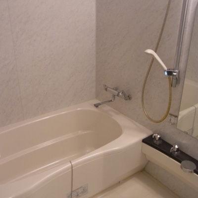 お風呂もきれい。