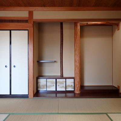 床の間とかもちゃんとしてる。キレイな和室です