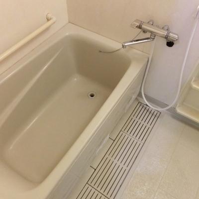 お風呂などはちょっとだけ時代を感じます。