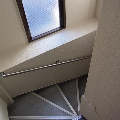 階段で3Fでになります