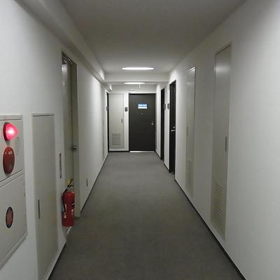 共用廊下は内廊下