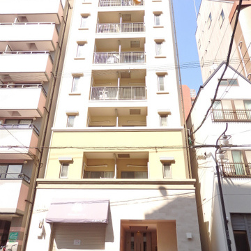 9階建てのマンションです。