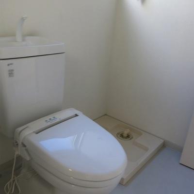 トイレ&洗濯機置き場