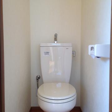 ウォシュレットは付いていませんが、キレイなトイレです。※写真は前回掲載時のものです。