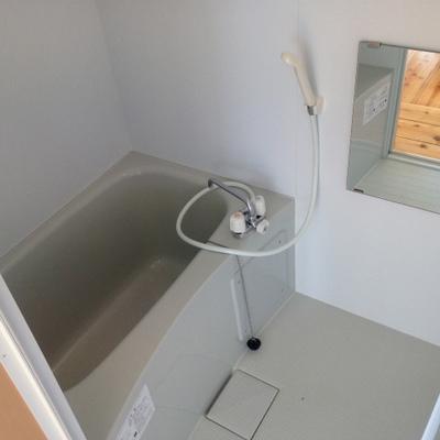 お風呂も新品同様のキレイさ。※写真は前回掲載時のものです。