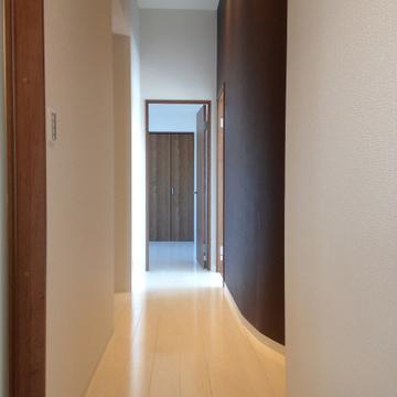 廊下のデザインも凝っていますね!