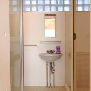 洗面所は至ってシンプル。