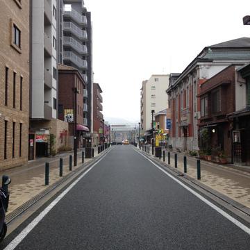 情緒ある町並み。池田呉服座もすぐそばです。