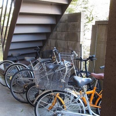 自転車もちゃんと置けます。※写真は前回募集時のものです