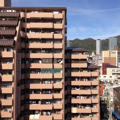 9階ですが、目の前がマンションなので抜けてはいないですね。※写真は、前回撮影時のもの