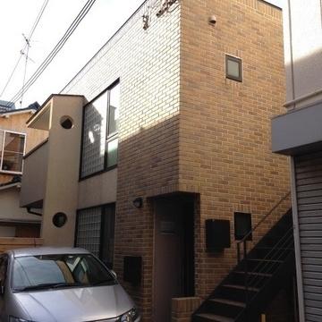 木造戸建ての2階部分になります。