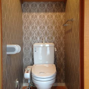 トイレのクロスは不思議な感じ。