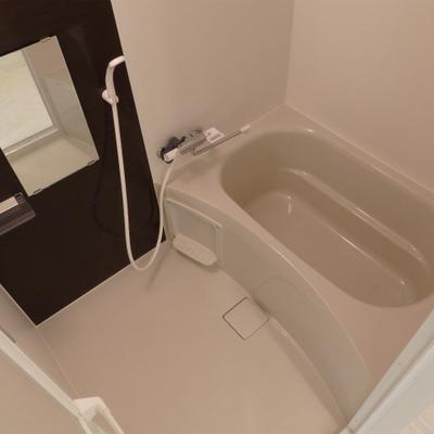 きれいなお風呂。浴室乾燥欲しかった。