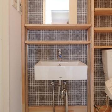 タイル張りにこの洗面台の組み合わせはズルい!!