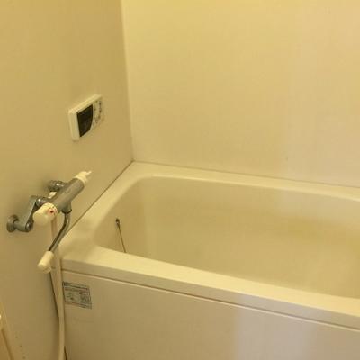 浴室乾燥機付きお風呂。
