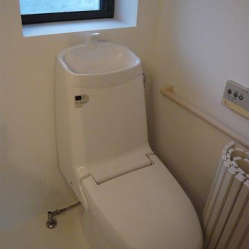 トイレに小窓が