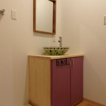 カフェのような洗面台です。