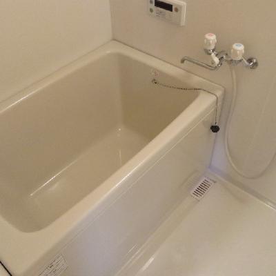 お風呂はこちらです。
