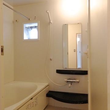 浴室乾燥&追い焚き機能付き!