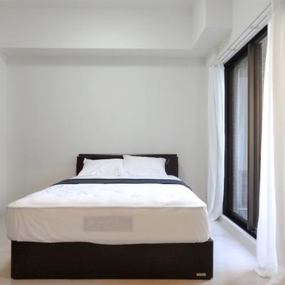 寝室は5.5帖。ダブルベットも置けます。