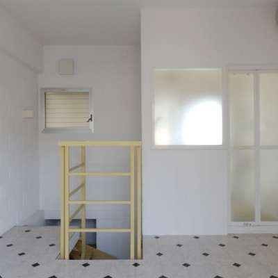 8帖の寝室。