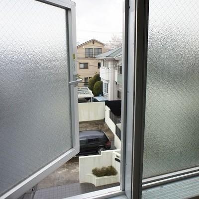 お風呂場からの眺め※写真は別部屋です