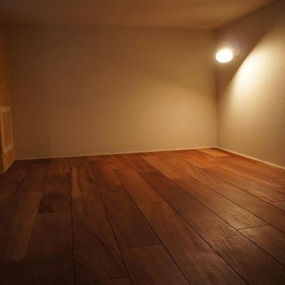 ロフトは天井が低いです※写真は別部屋です