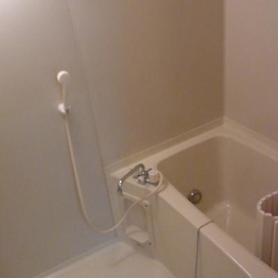 お風呂には嬉しい追い炊き機能付きです。