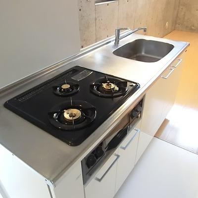 設備が充実したキッチン。