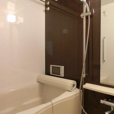 洗濯はこちらの浴室乾燥機が活躍しそうです!※画像は別部屋