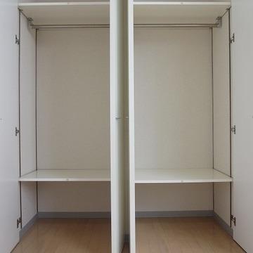 棚の位置が変えられます! ※写真は別部屋です