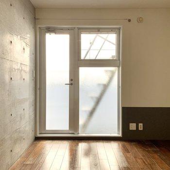 【3F】セミダブルベッドが置ける広さ。搬入の際は階段幅などをチェック!