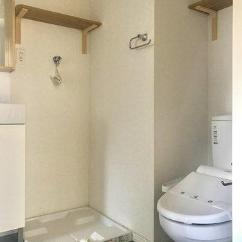 トイレもきれいですよ〜。