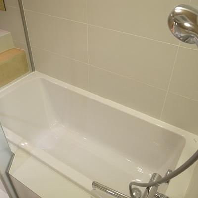 海外のホテルのようなお風呂。※写真は前回募集時のものです