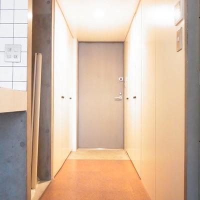 廊下はこちらですね。 ※写真は別室です